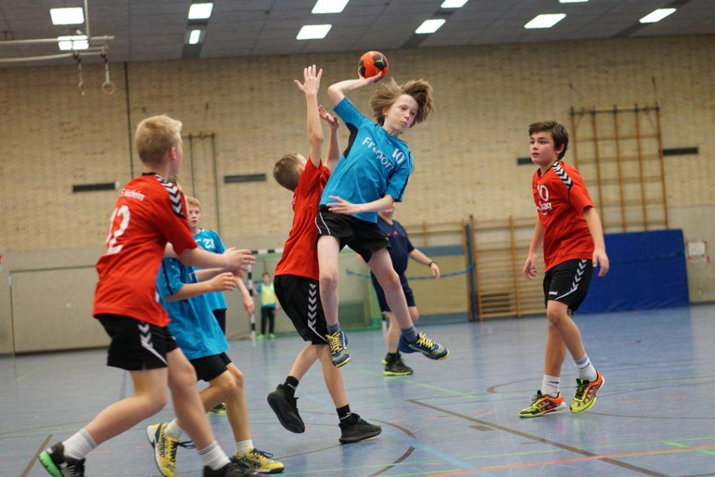 Henrik - Ballverteiler
